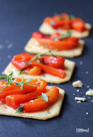 Toasts-de-poivrons-marinés
